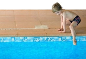 bambino-in-acqua